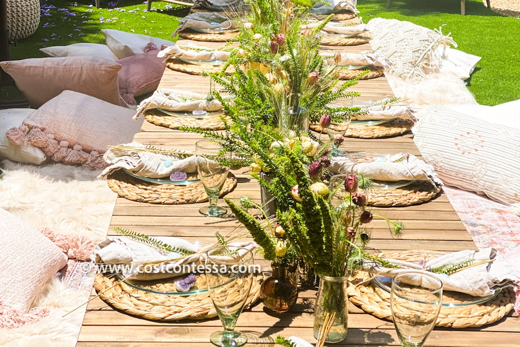 Boho Sunday Brunch Low Table Decor Guide, Scatter Pillows, P