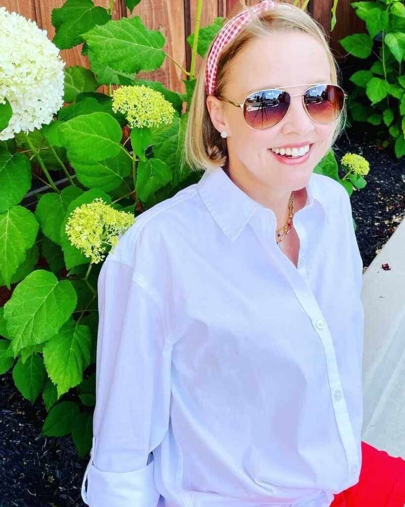 Costco Clothing: WHITE & BRIGHT COSTCO WOMENS OUTFIT OF THE DAY - Costco clothes and outfit ideas for spring and summer!
